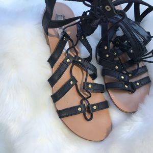 Steve Madden black gladiator sandals 7